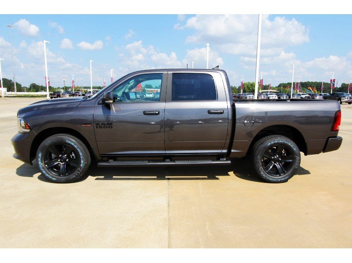 New 2018 Ram 1500 Night Crew Cab In Tomball S113427